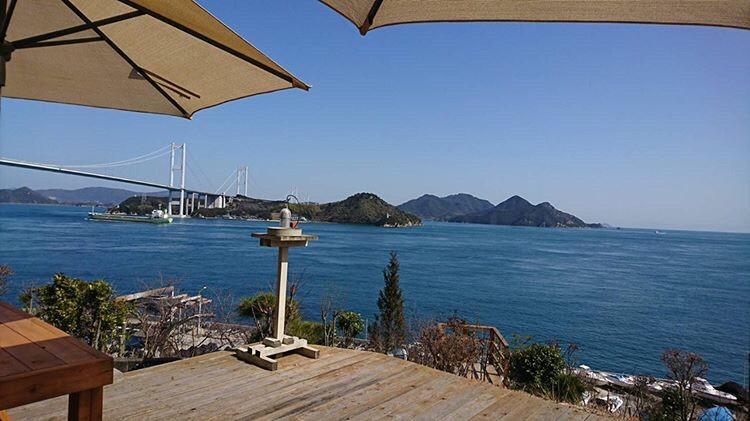 カフェから見た瀬戸内海の画像